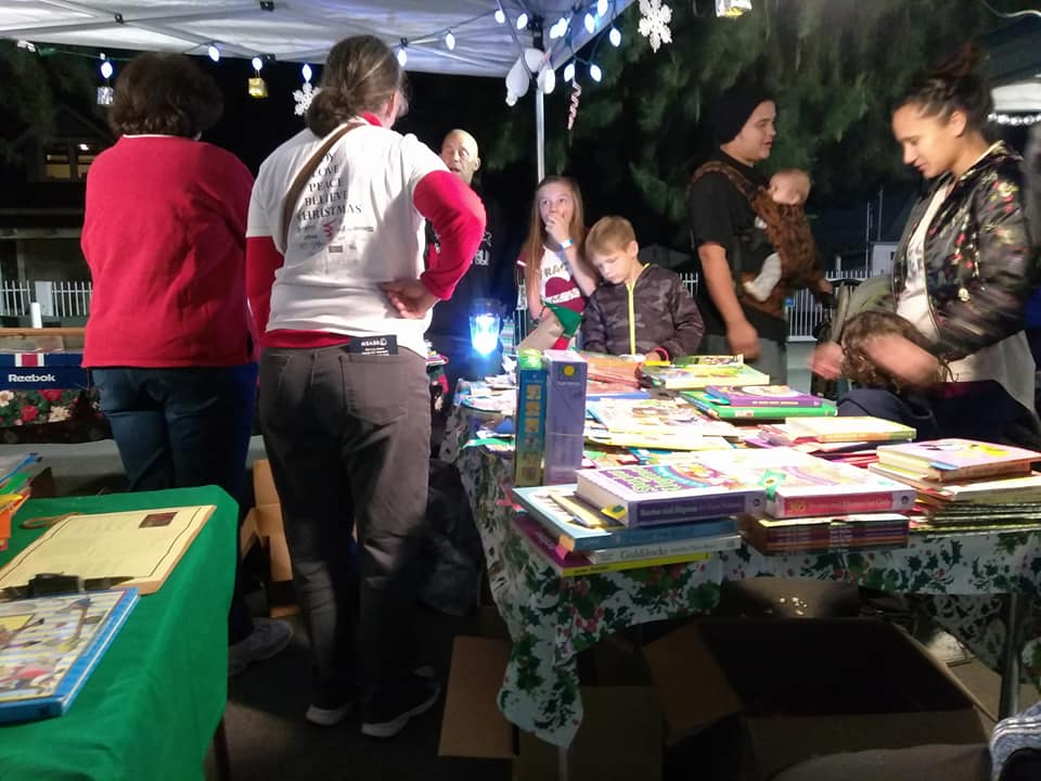 Spirit of Christmas 2018:  book buyers